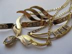 Brože, článkové náramky, náhrdelníky